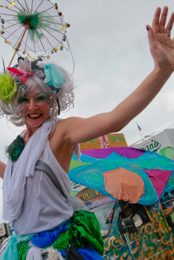 ali luminescent coney island mermaid parade barry yanowitz