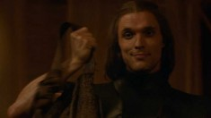 Game of Thrones S3 E27: Second Sons daario bag