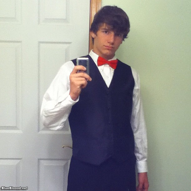 nate_scimio dressed-up selfie instagram