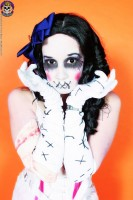 Blue Blood Hex Halloween 2006 http://www.blueblood.net/gallery/hex_halloween_2006/th_toysurprise0414.jpg