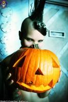 Blue Blood Halloween http://www.blueblood.net/gallery/tara-toxic-halloween/th_tara-toxic-halloween-05.jpg