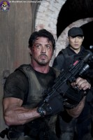 Blue Blood The Expendables http://www.blueblood.net/gallery/the-expendables/th_the-expendables-08-sylvester-stallone-jet-li.jpg